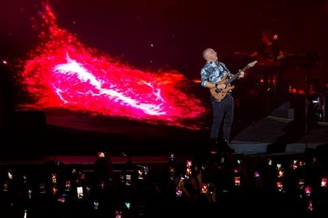 EROS RAMAZZOTTI - VITA CE N'È WORLD TOUR - foto 30