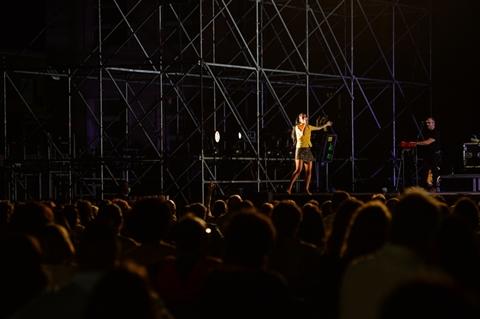 LEVANTE - DALL'ALBA AL TRAMONTO LIVE - foto 10