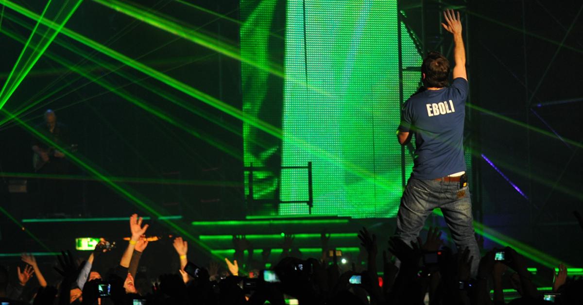 """""""L'AMORE E' UNA COSA SEMPLICE"""" TOUR 2012"""